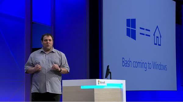 "Photo of Microsoft pune ""gheara"" pe Ubuntu"