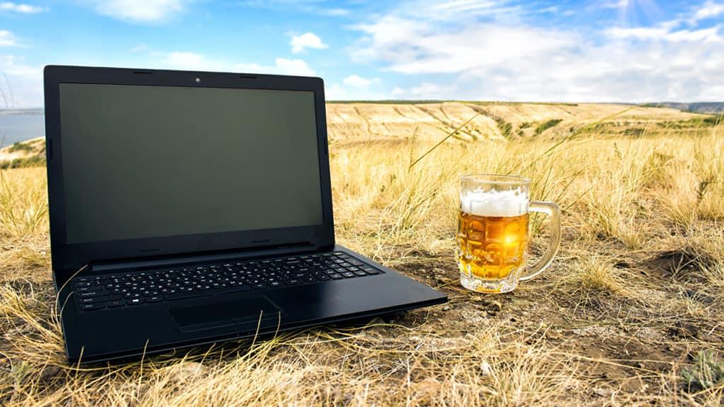 cel mai bun laptop universal